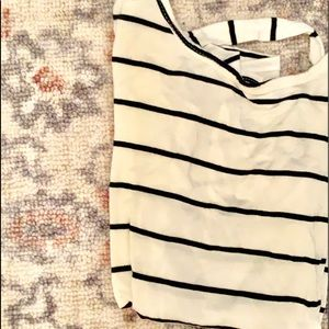 Buckle striped t shirt with open back